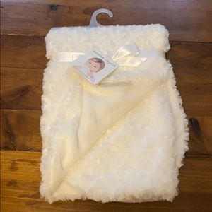 NWT baby blanket